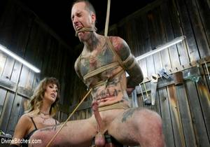 Reverse Abduction Cherie DeVille outwits her captor and takes control
