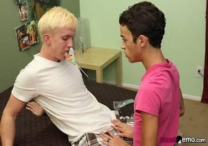 Dustin Cooper, Jordan Ashton – Swapping Sticky Facials!