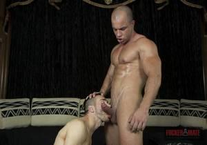 Antonio Aguilera, Eddie Harris Dominant Flatmate