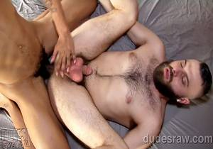 Tommy Bluezz Drills William Crown's Hot Hole