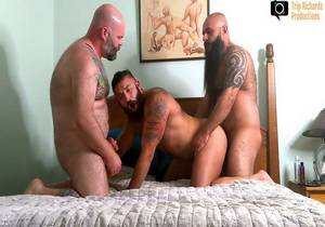 My Two Dads – Hot Threesome (Bareback)